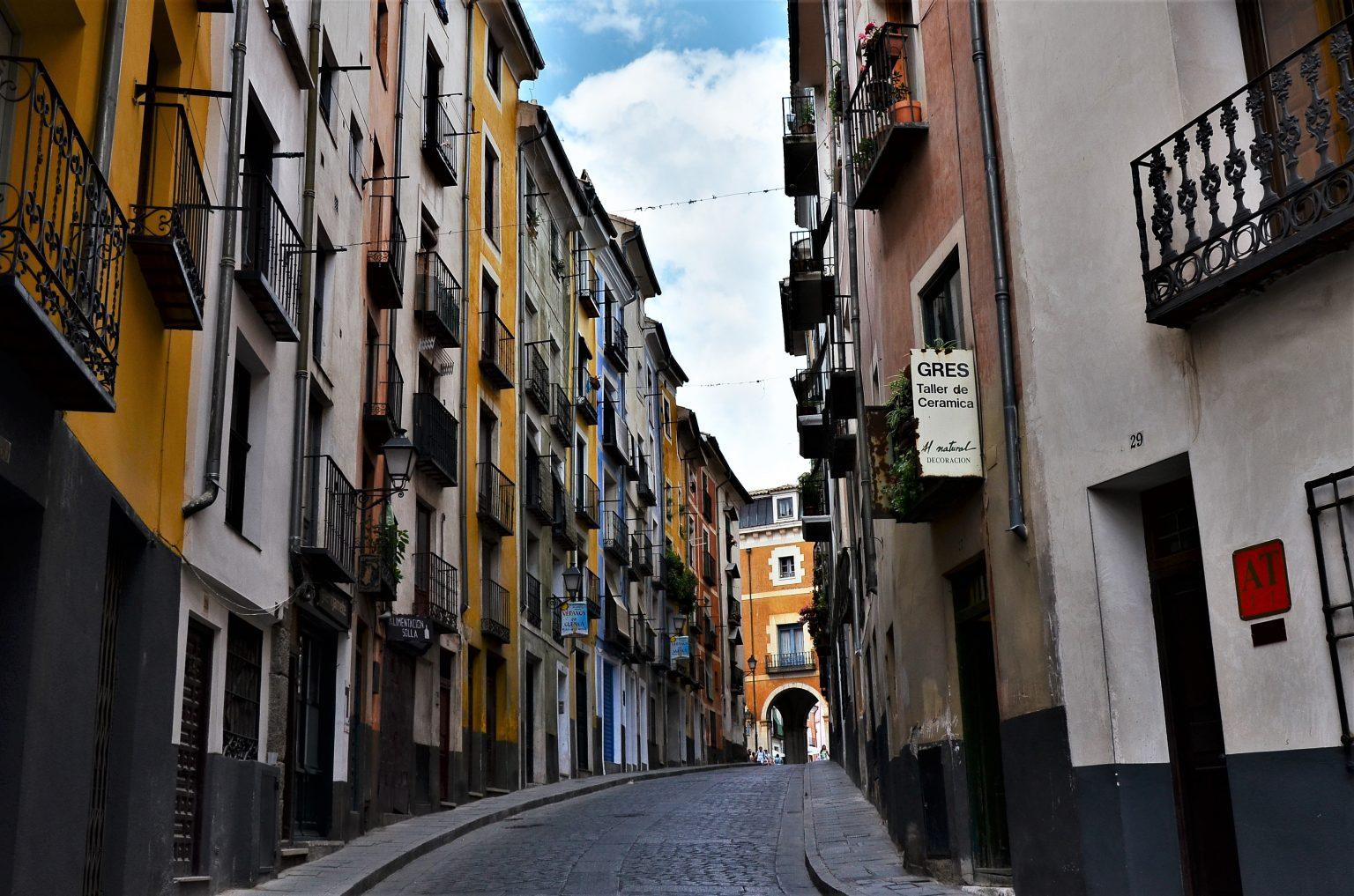 El portal de las letras en Cuenca