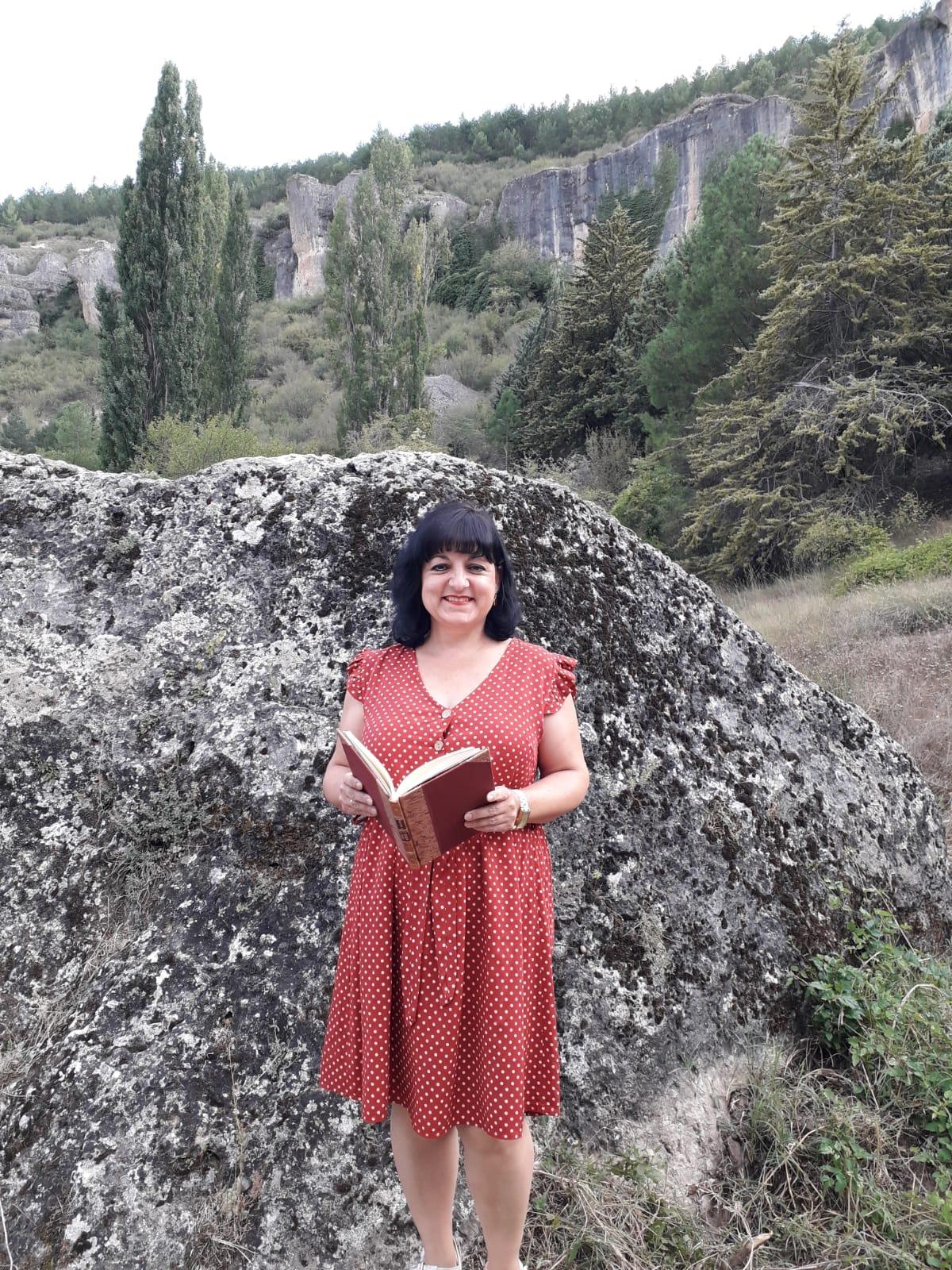 Lee más sobre el artículo Raquel Carrascosa presenta un poemario